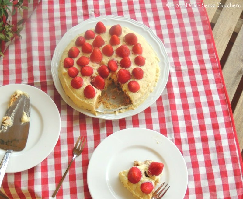 Torta Fragole e Crema Chantilly 8 photo