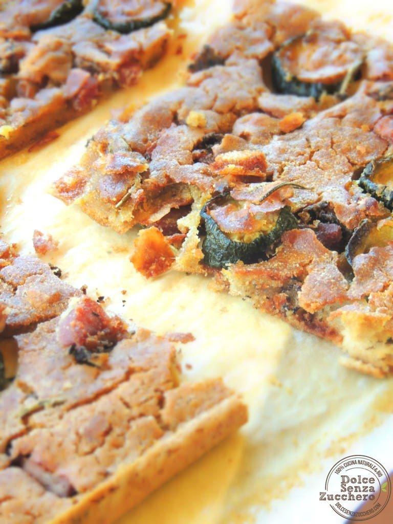 Focaccia di Quinoa con Olive e Zucchine (Senza Glutine, Senza Uova)
