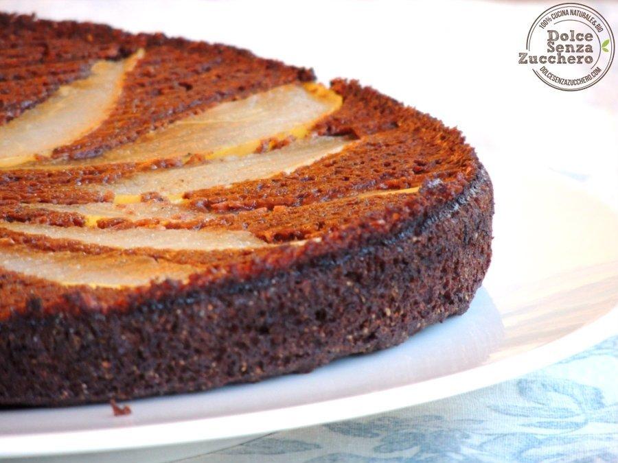 Torta Farina di Carrube e Pere