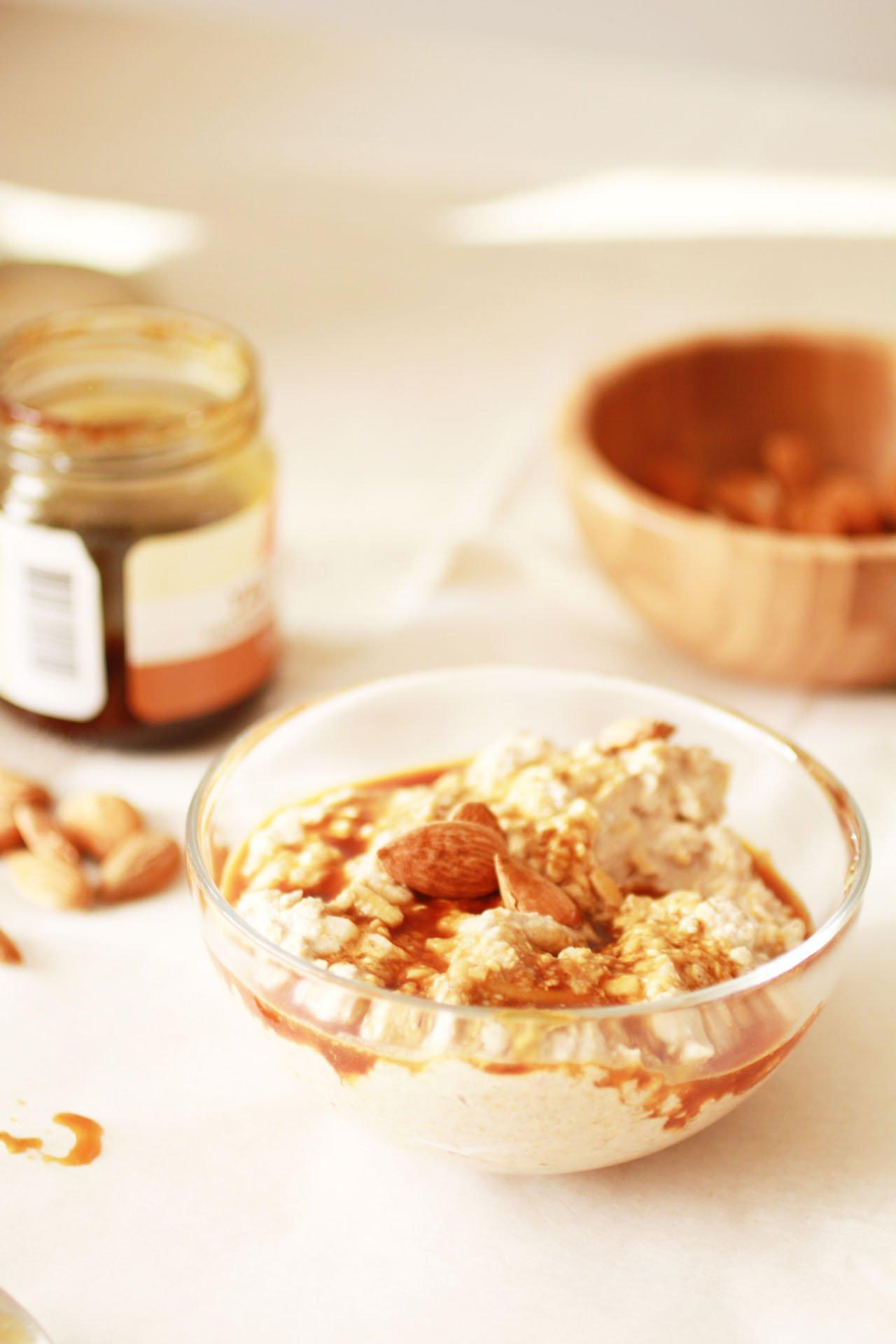 Porridge di Grano Saraceno Germogliato con Mela e Cannella