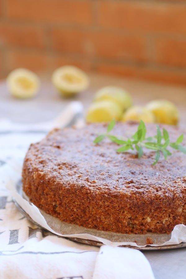 Caprese al Limone Senza Zucchero e Paleo con fette di limone