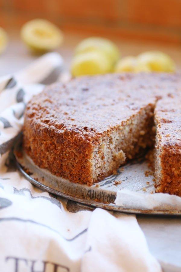 Soffice e Morbida Torta Caprese al Limone