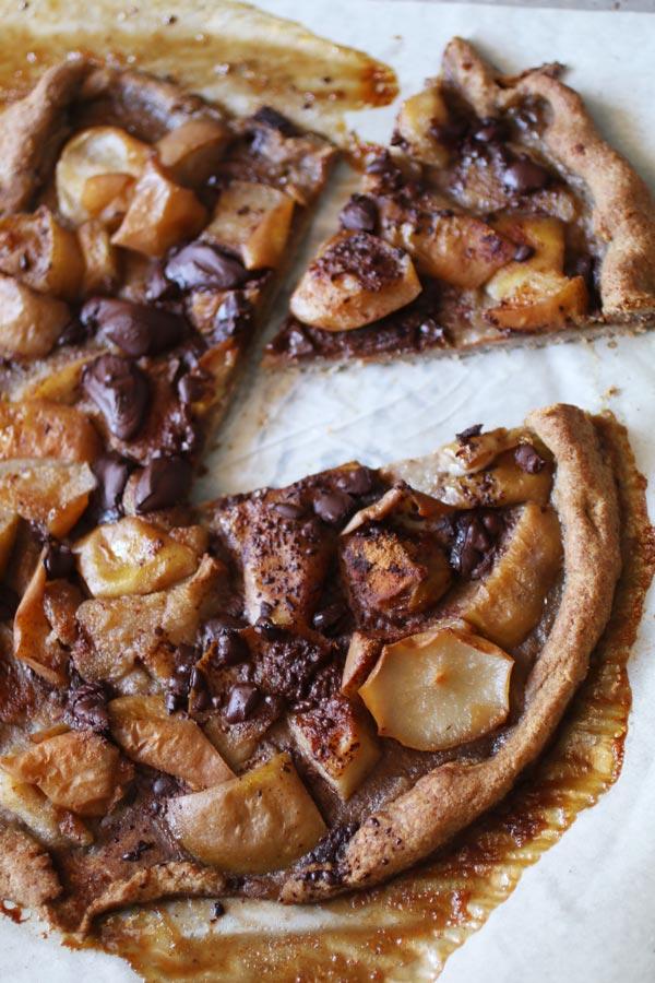 Crostata Rustica di Pere e Cioccolato Senza Glutine e Zucchero