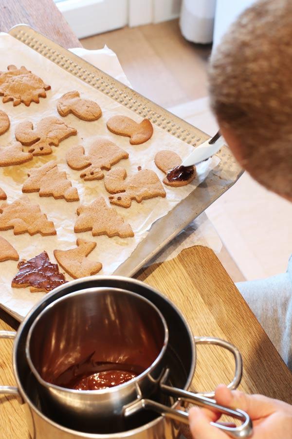 Sara Cucina Biscotti Di Natale.Biscotti Con Cioccolato E Granella Di Nocciole Senza Zucchero