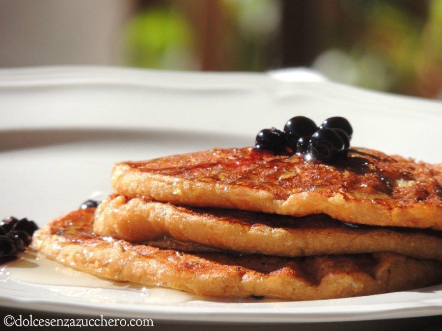 Crepes con Farina di Quinoa e Mirtilli senza Uova (1)