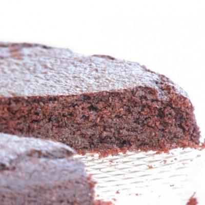 Torta con farina di carruba e cioccolato Vegan