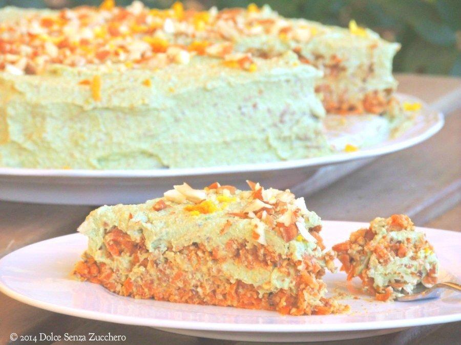 Torta di Carote, Mandorle e Arance (Crudista) | Dolce Senza Zucchero (3)